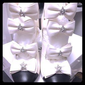 🎉🎉HOST PICK🎉🎉 CHANEL star ⭐️ Bright bow